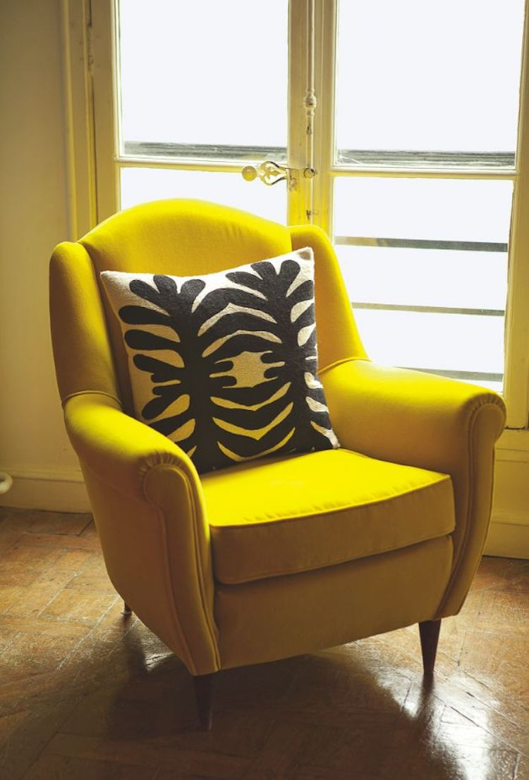 Mustard yellow couch idea 08
